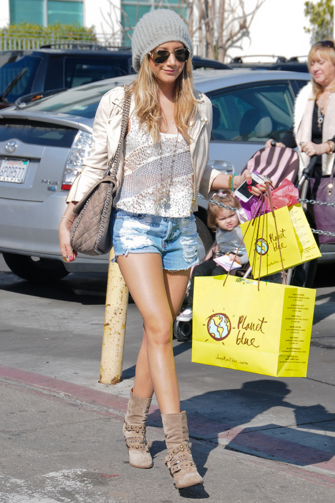 Ashley Tisdale | BeLighter