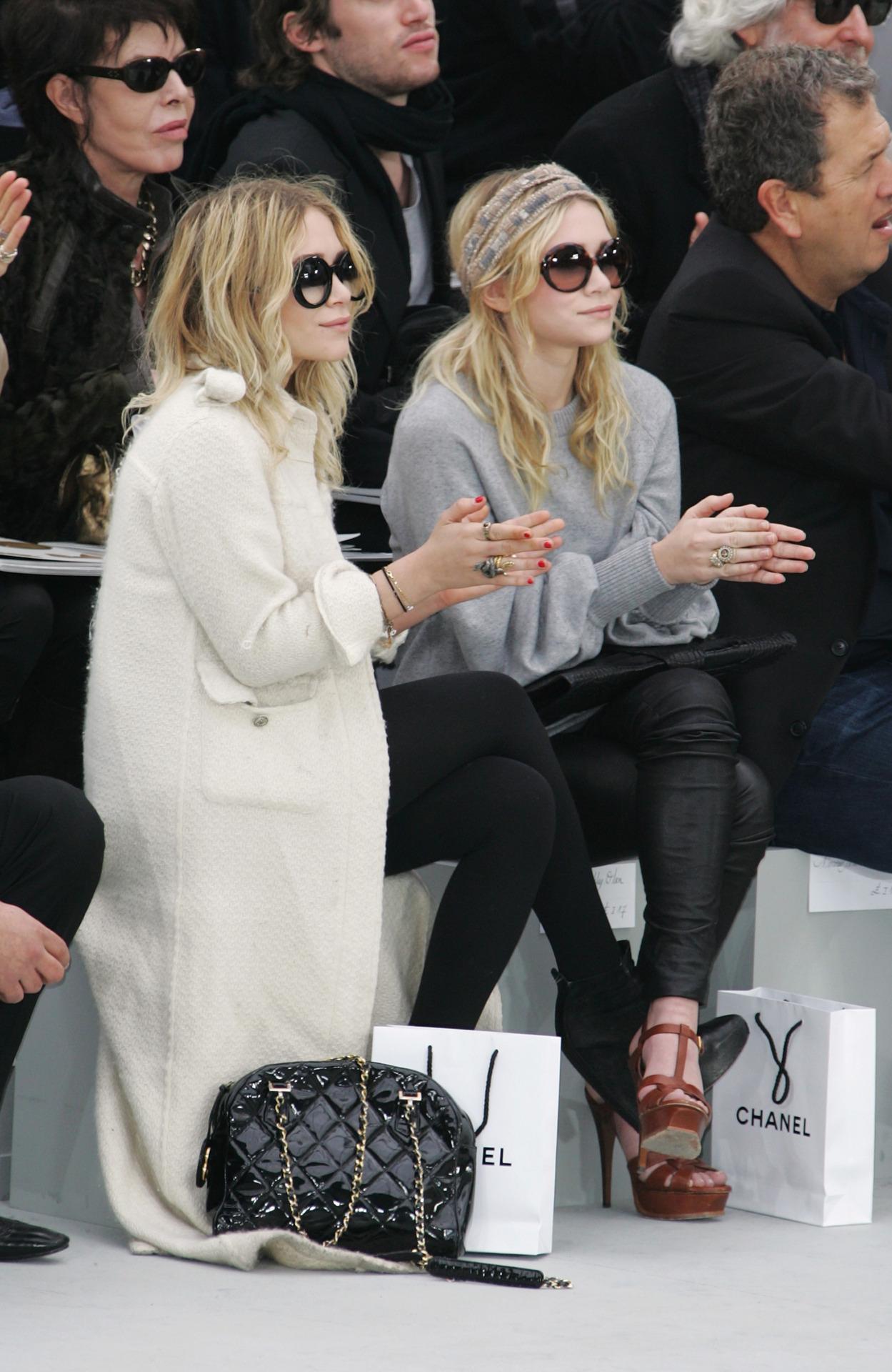 Mary Kate Olsen Ashley Olsen At Chanel Belighter