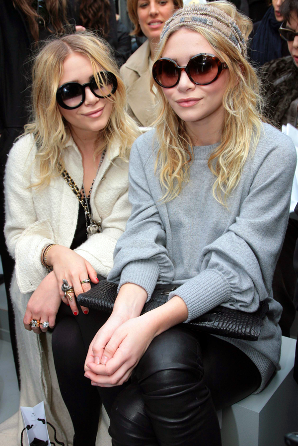 Mary Kate Olsen Ashley Olsen At Chanel Belighter