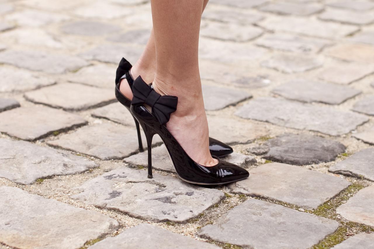 Фетиш женской обуви фото, девушки на каблуках порно фото