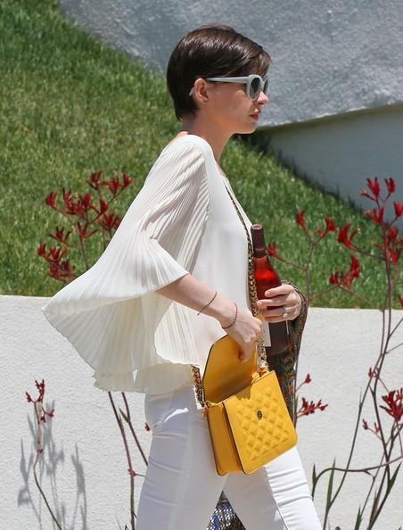 Anne+Hathaway+Going+Birthday+Party+7EqFO0eu5gRl