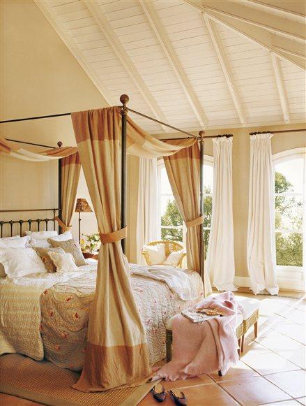 dormitorio_con_dosel_439x581