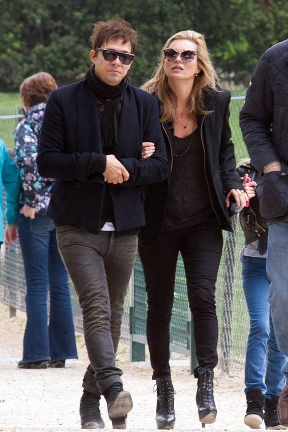 Kate-Moss-Vogue-29Apr13-Getty_b_592x888