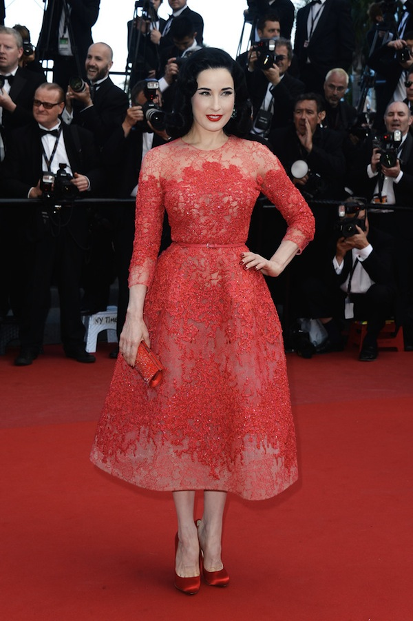 Dita-Von-Teese-Elie-Saab-Couture-Cleopatra-2013-Cannes-Film-Festival-Premiere-1