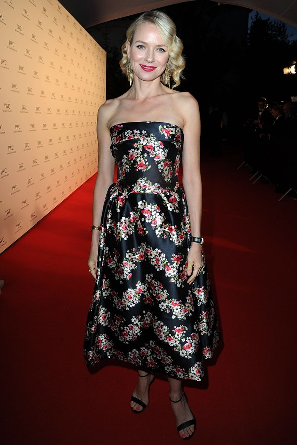 naomi-watts_vogue_20may13_getty_b_592x888