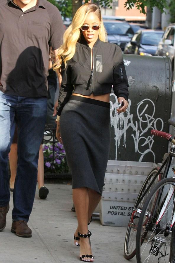 Street Style Rihanna Belighter