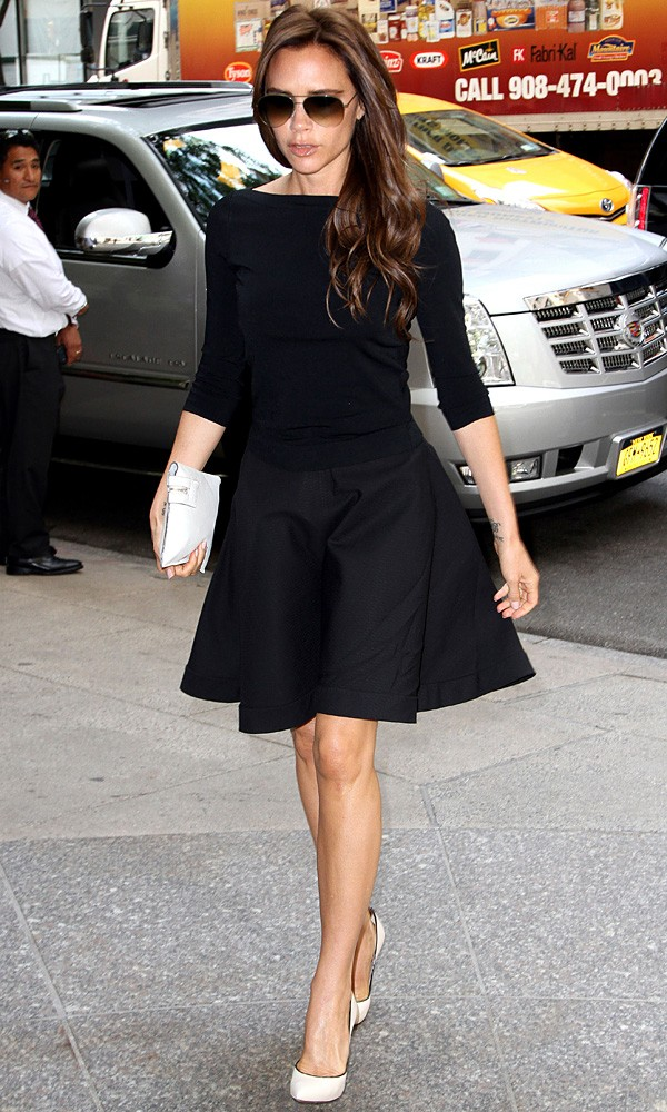 Victoria-Beckham-in-Paris