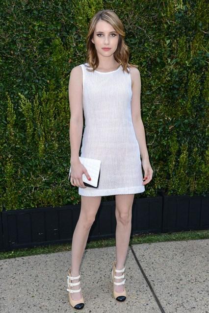 Emma-Roberts-Vogue-3jun13-Rex_426x639