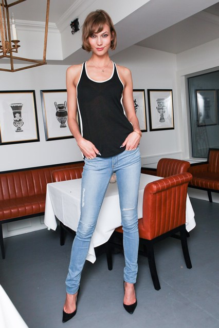 karlie-kloss-vogue1-12jun13-pr_b_426x639