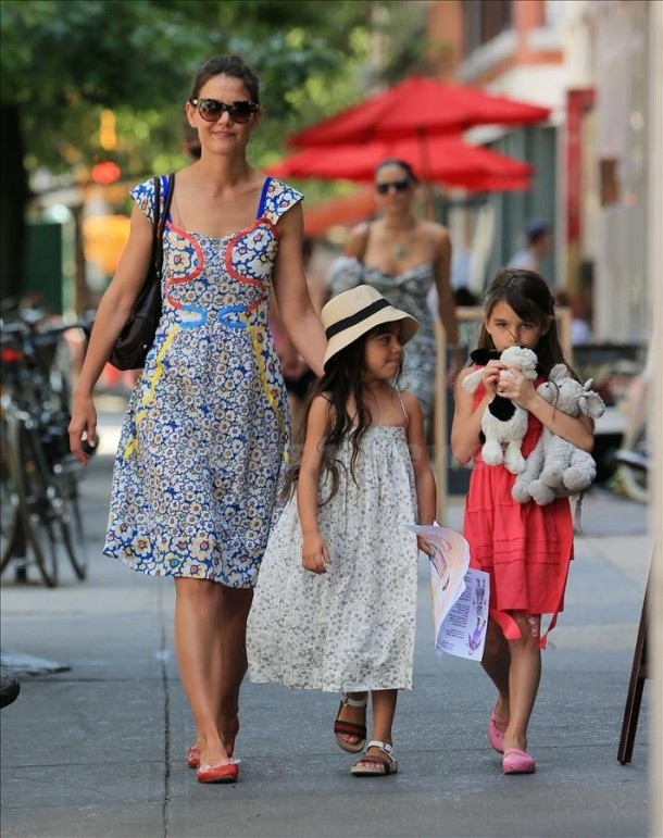 Katie Holmes and Suri Cruise go to 'Cowgirl' in NYC
