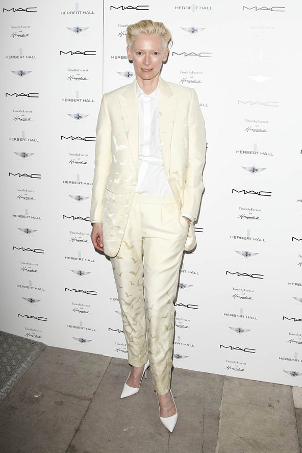 tilda-swinton-vogue-19jun13-pr-Zenon-Stefaniak-Photoshot_b_592x888
