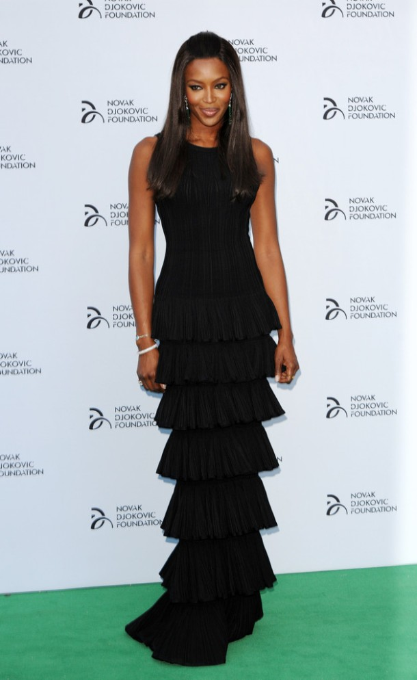 Naomi-Campbell-Wearing-Azzedine-Alaïa-Novak-Djokovic-Foundation-London-Gala-Dinner
